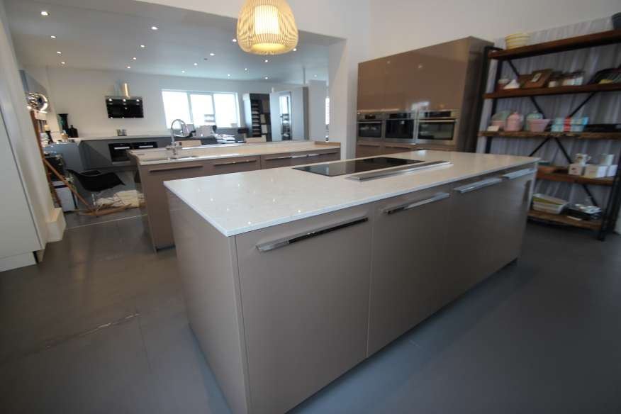 ernestomeda icon designer ex display kitchen caesarstone