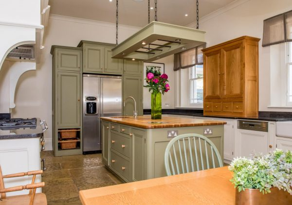 French Style Kitchen - Used Kitchen Exchange