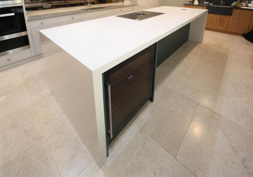 54% off RRP £49,000 Rencraft Hand Made Shaker Painted In-Frame Ex-Display Kitchen, Kent