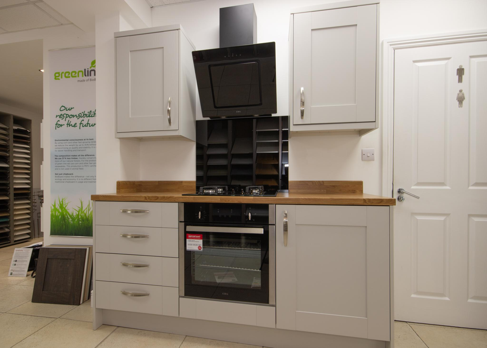 50 Off Rrp Gallery Cranbrook Platinum Ex Display Kitchen Units With Appliances Laminate Worktop Plymouth
