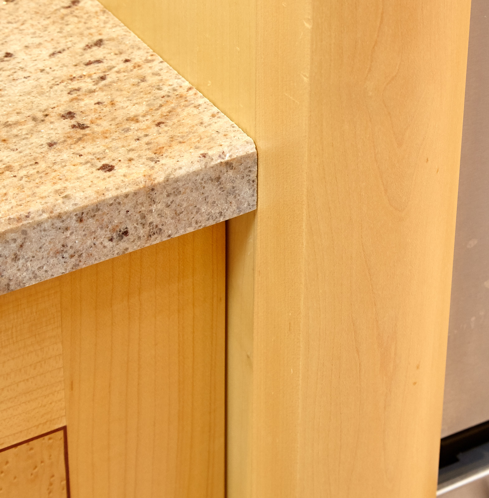 Kitchen Worktops In Manchester: LOMAX Traditional Bespoke Used Kitchen, Granite Worktops