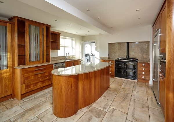 MOWLEM & Co Bespoke Used Kitchen Full View