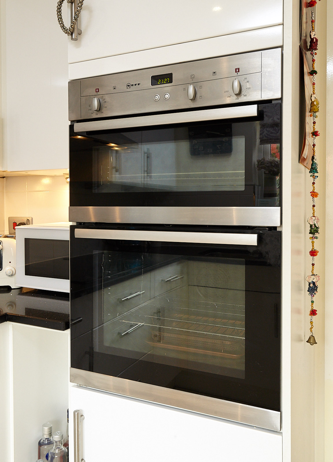 Modern Gloss Used Kitchen With Lots Of Neff Appliances