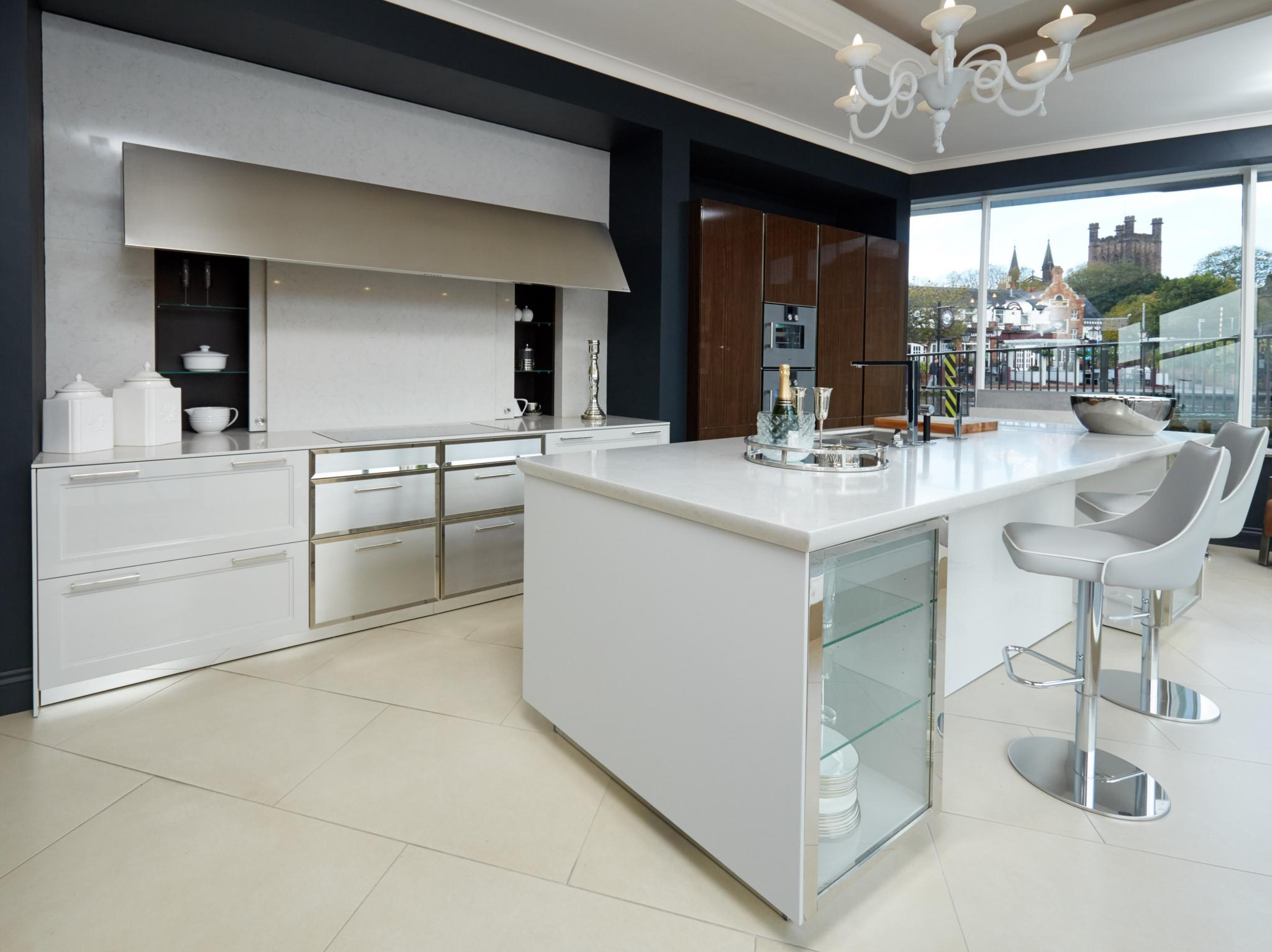 SIEMATIC BeauxArts 02 Ex Display Kitchen - Side View