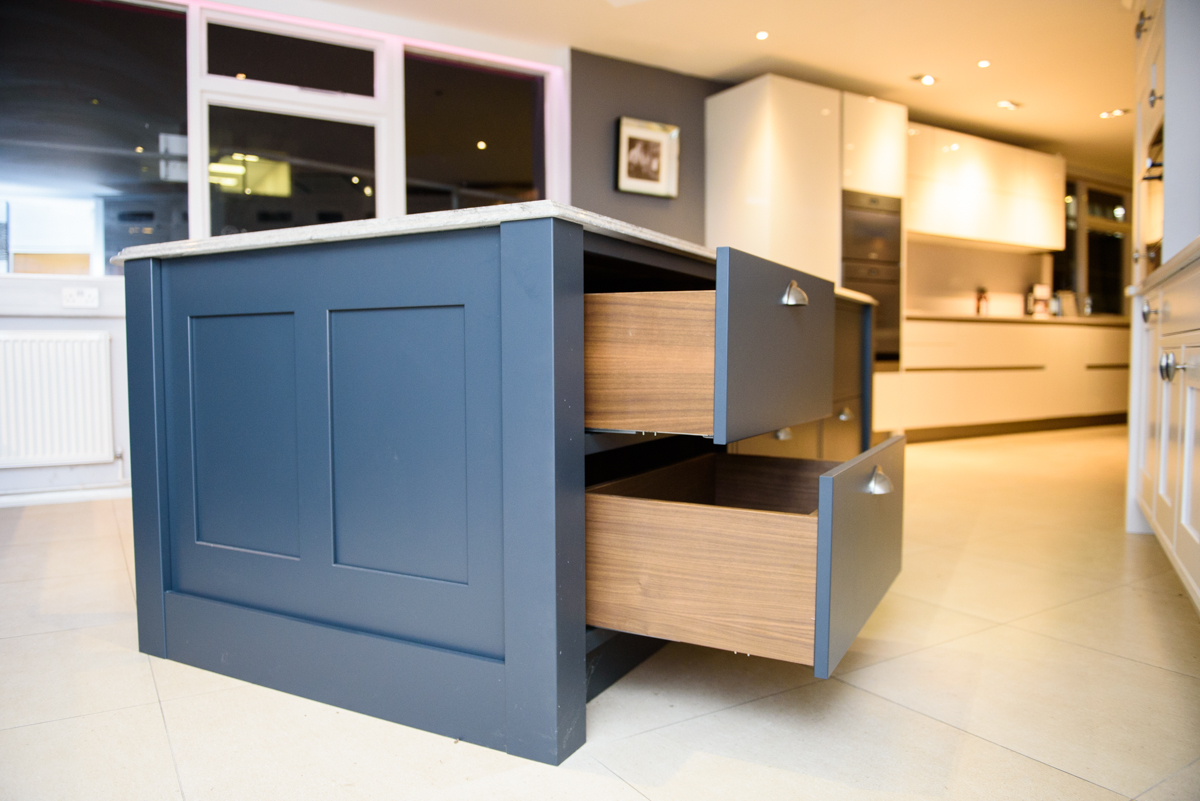 bespoke shaker style ex display kitchen with island miele. Black Bedroom Furniture Sets. Home Design Ideas