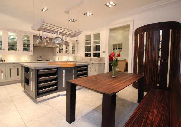 Macassar Smallbone of Devizes Ex Display Kitchen