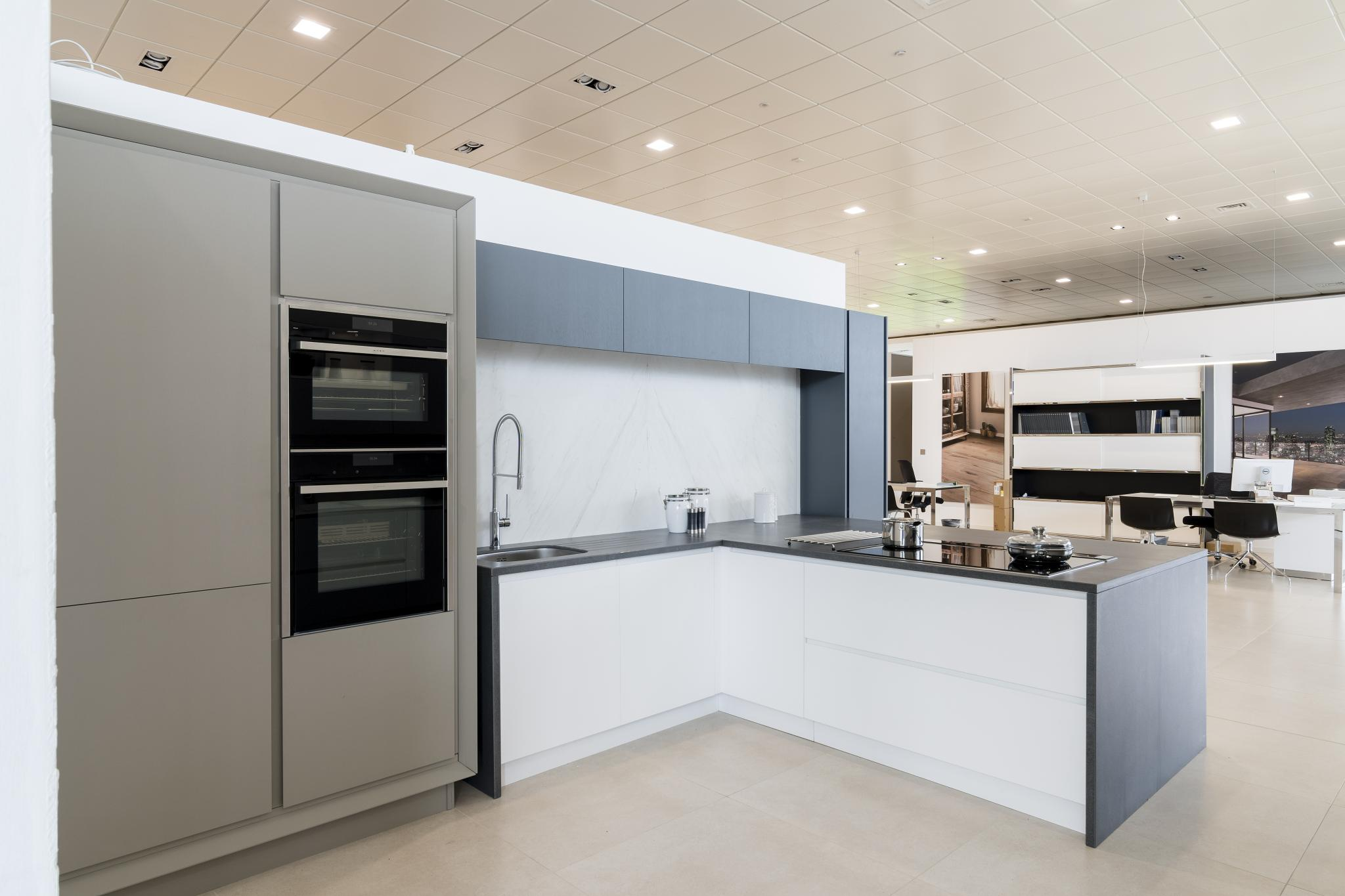 Handleless kitchens for a versatile clean look used kitchen exchange
