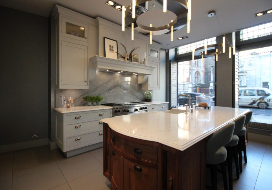 SMALLBONE OF DEVIZES: RRP £149,000 Original Hand Painted  Ex Display Kitchen, South