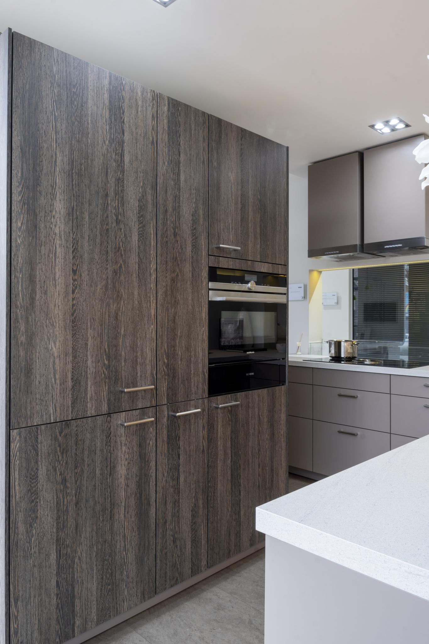 WEEKEND SALE! 57% OFF RRP £23,100 Large SIEMATIC SC10 Ex
