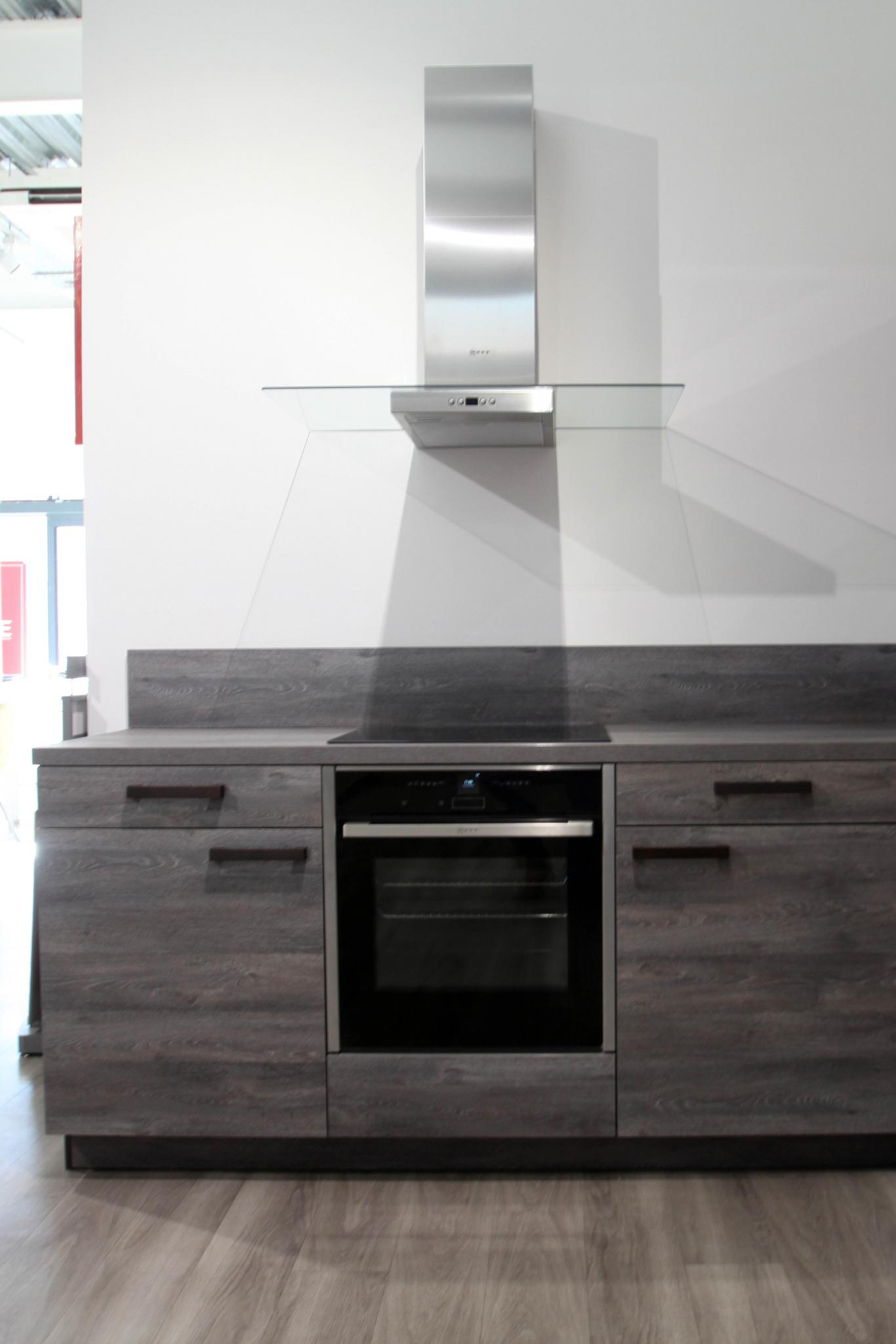 36 Off Rrp 163 5800 In Toto Modern Ex Display Kitchen