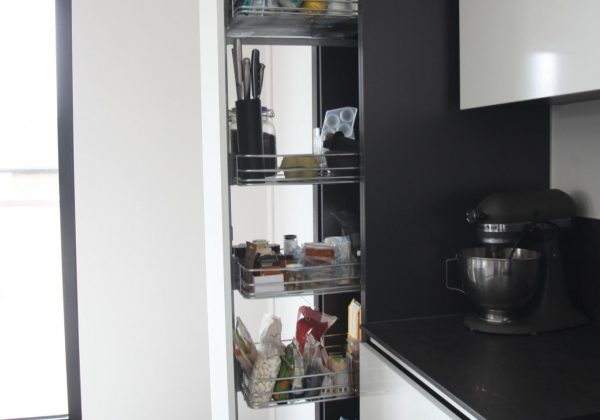 Bespoke Handleless Modern Used Kitchen, Slide Out Pantry