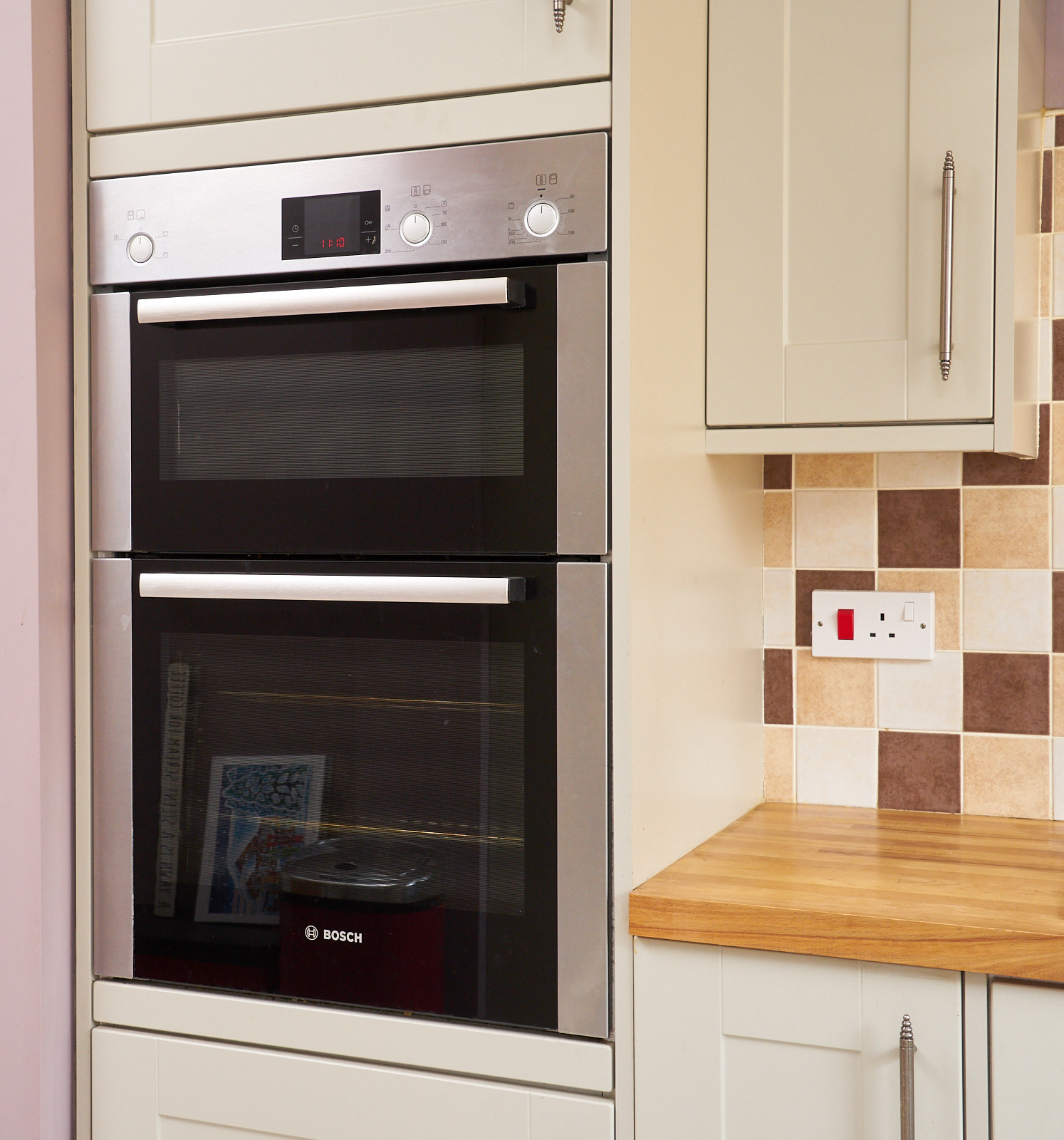 Refurbished Kitchen Appliances: HOWDENS Shaker Style Used Kitchen With Appliances