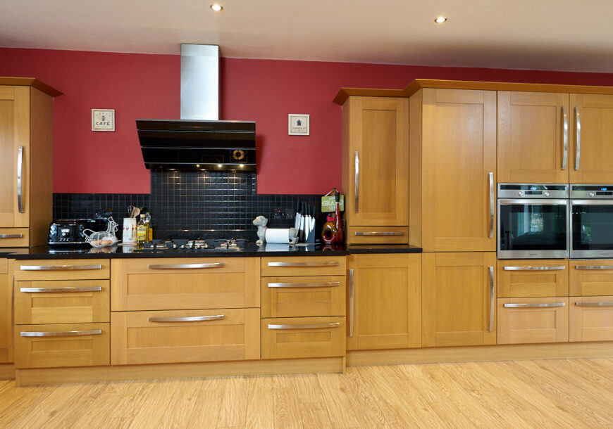 Large Shaker Family Used kitchen with Appliances