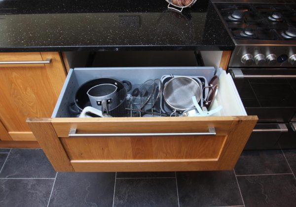 HOWDENS Shaker Used Kitchen
