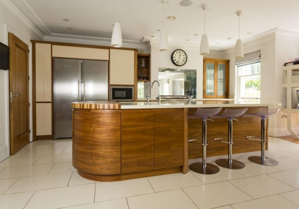 MOWLEM & Co Used Kitchen with Island