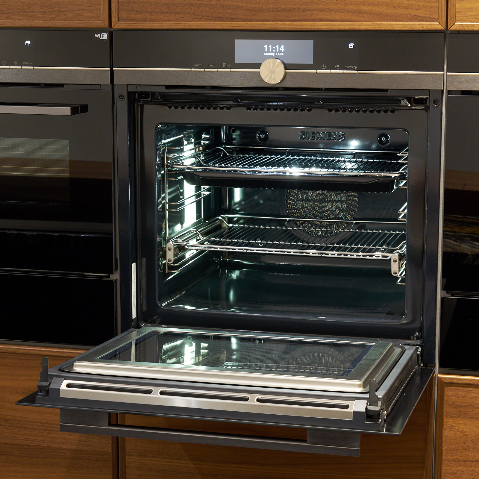Ex Display Kitchen Cabinets: 60% OFF RRP £50,000+ RATIONAL (German) Ex Display Kitchen