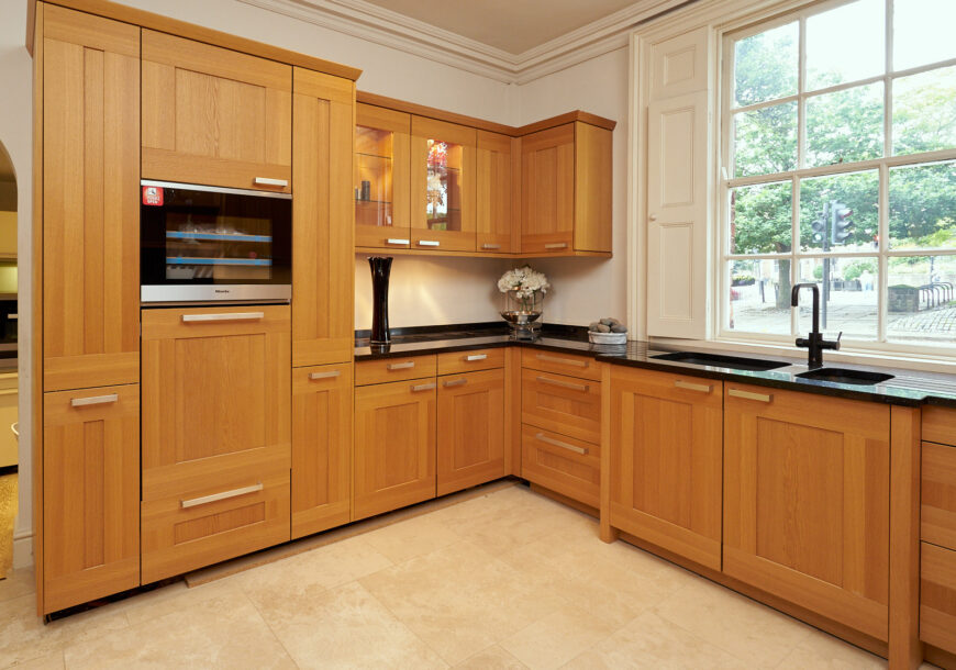 DEAL OF THE WEEK Miele Ex Display Kitchen, North