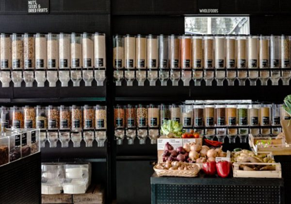 Zero waste zero packaging store