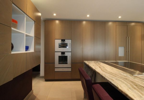 McCarron Urbano Ex Display Kitchen