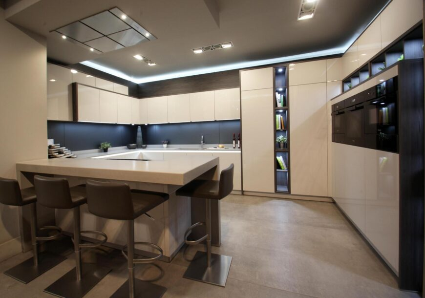 Ex Display Kitchen, German HACKER Systemat Taupe Gloss, South