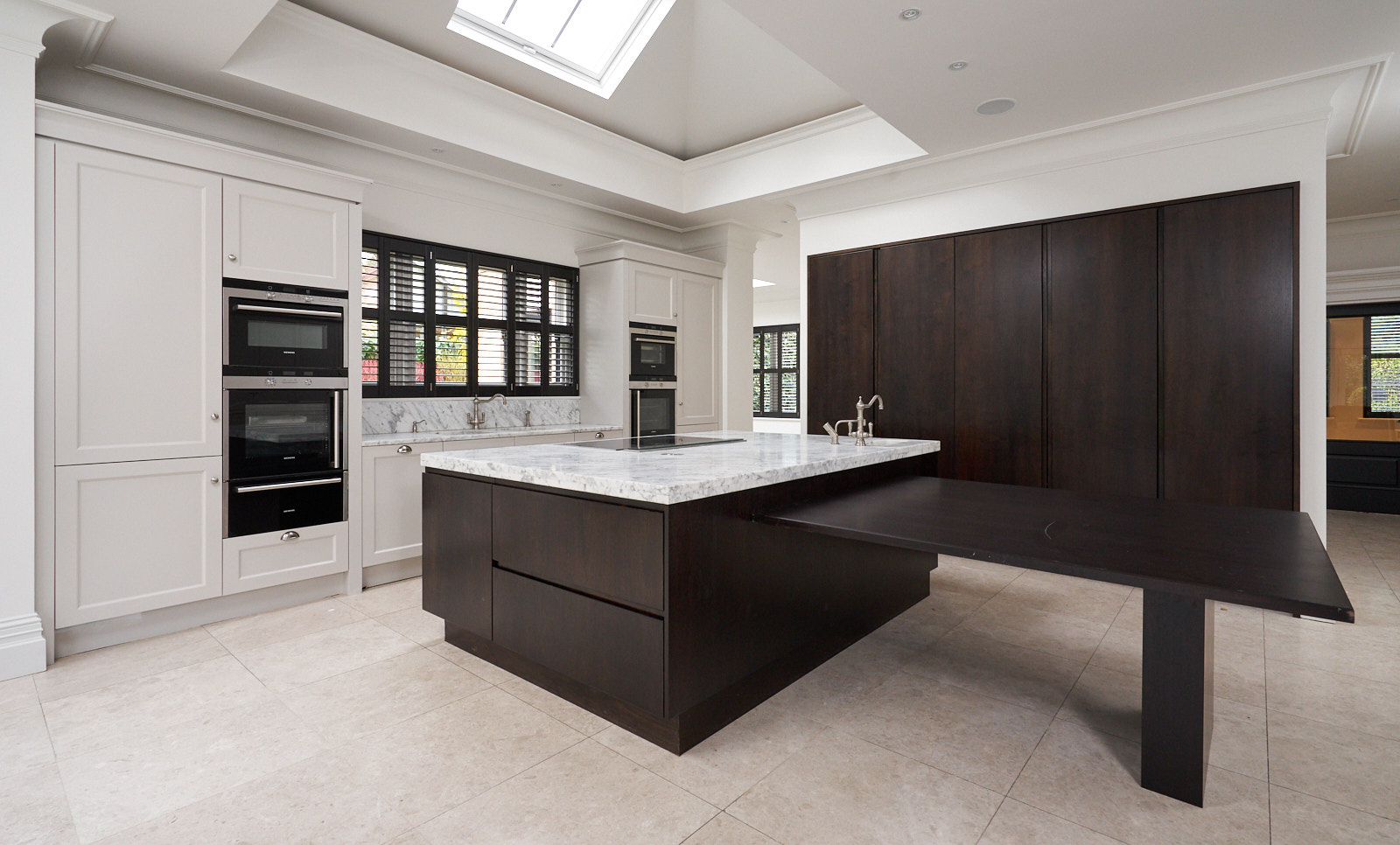 Approved Used Kitchen Large Designer Kitchen With High Spec Siemens Appliance Pack Cheshire Used Kitchen Exchange