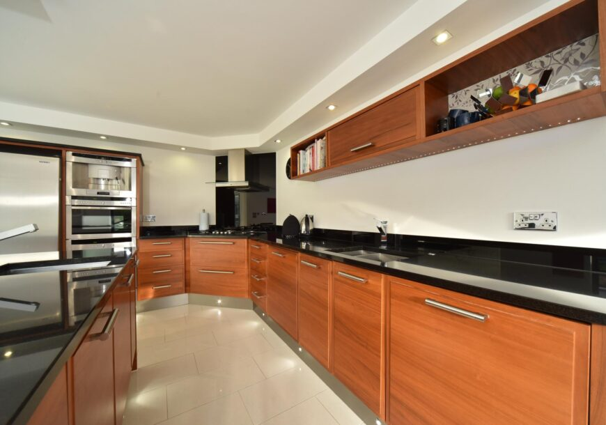 Approved Used Kitchen, MAGNET with NEFF Appliances, Utility, Large Island, Berkshire