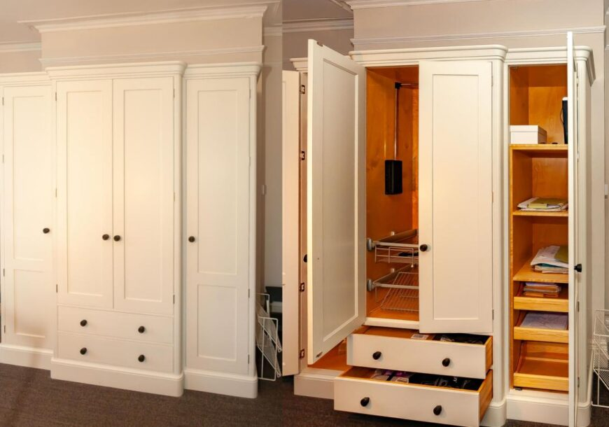 Ex Display Wardrobes, Rencraft Bespoke Hand Painted, South