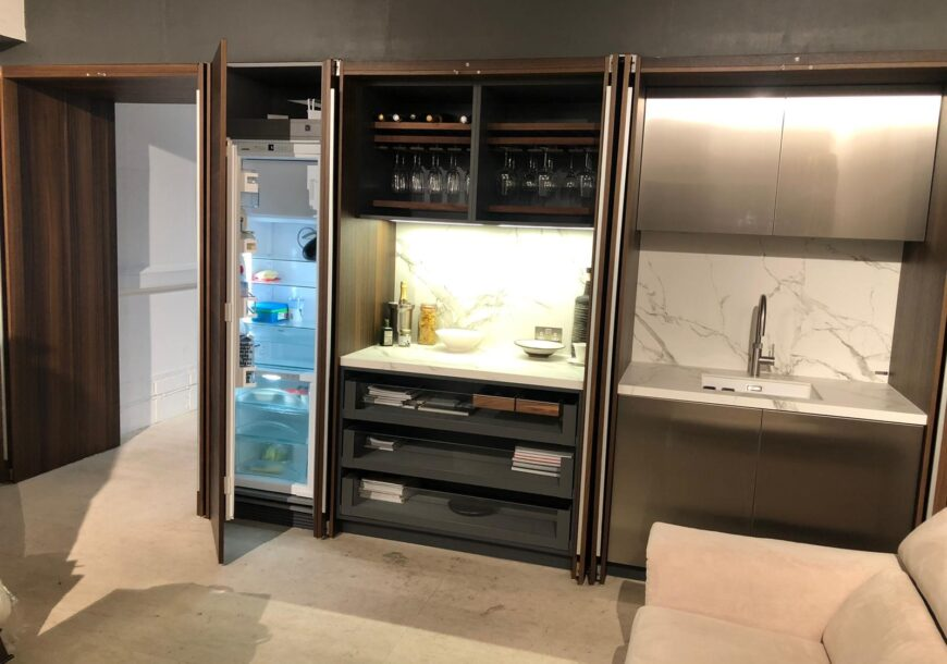 Ex Display Kitchen, Rational Smoked Oak, South