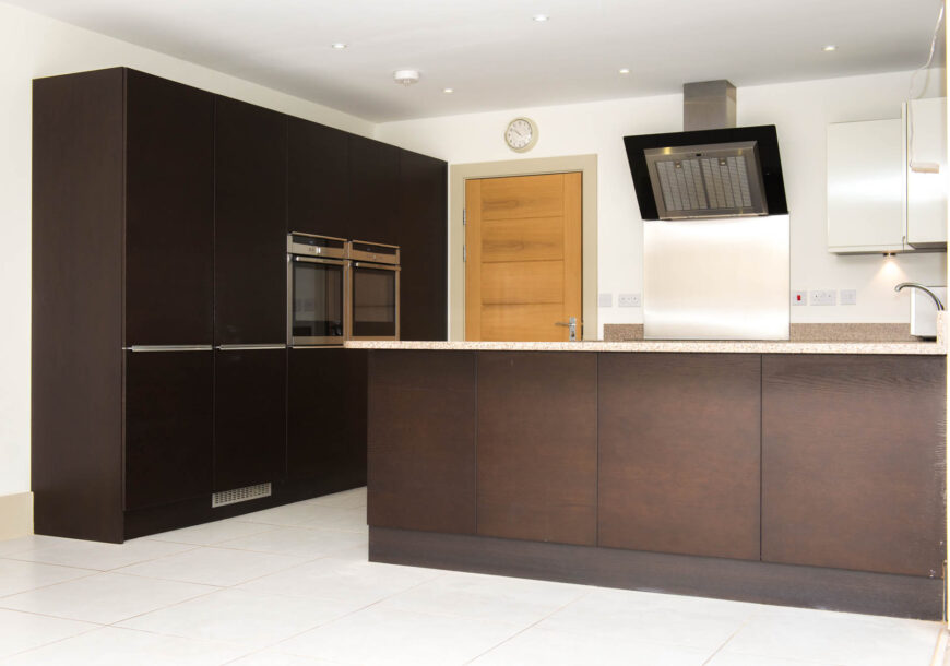 Approved Used Kitchen, Large Contemporary With Utility, Bedfordshire