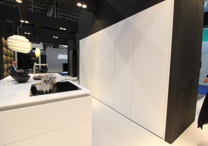 Ex Display Kitchen, Leicht Classic FS Contino, South