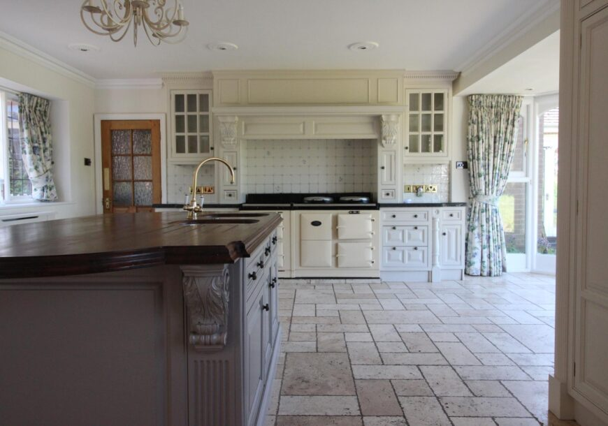 Approved Used Kitchen, Large Clive Christian Victorian