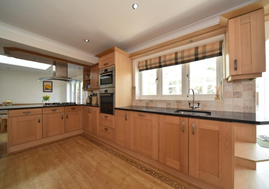Approved Used Kitchen, Large Classic Shaker with Utility, Berkshire