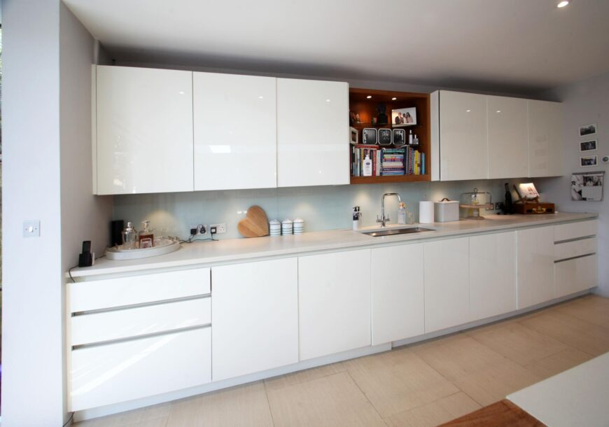 Approved Used Kitchen, Roundhouse Contemporary Gloss Handleless, Appliences, London