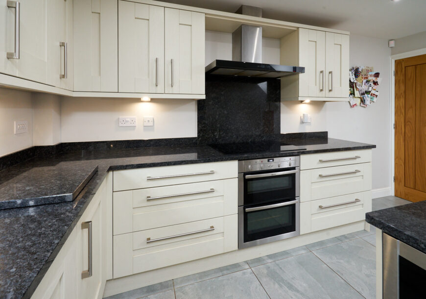 Approved Used Kitchen, Classic Shaker, Cheshire