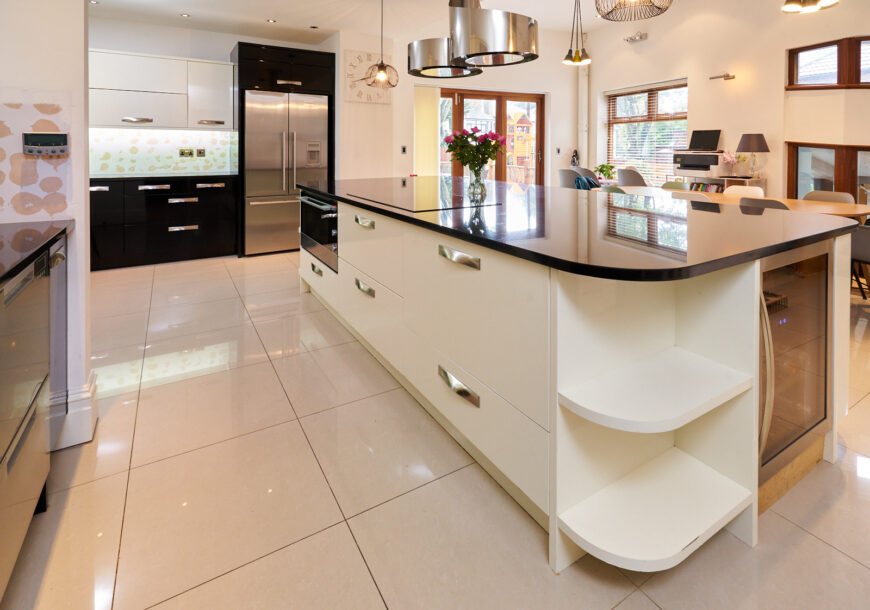 Approved Used Kitchen, Very Large Gloss Modern, Utility, Fisher & Paykel Appliances, Merseyside