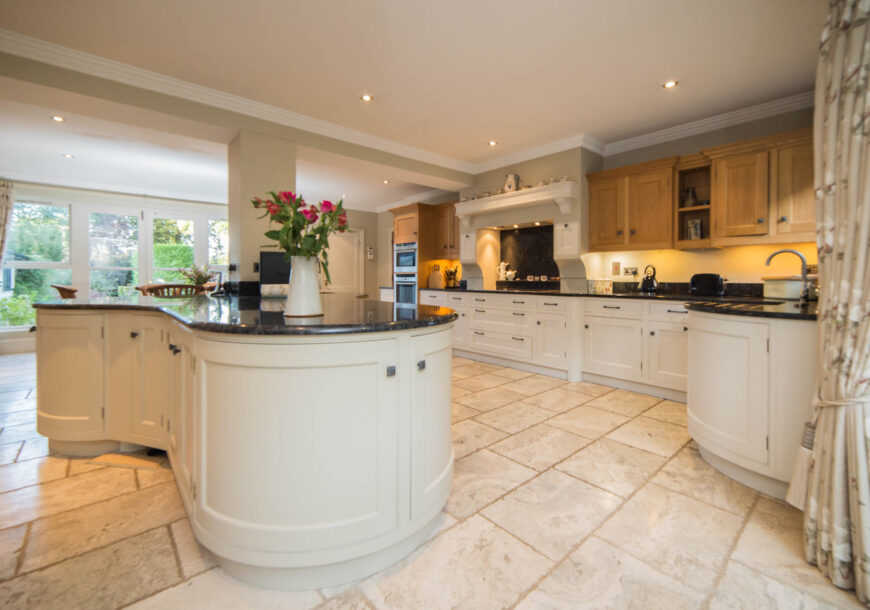 Approved Used Kitchen, Large In Frame Shaker with Island, Hertfordshire