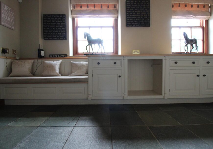 Approved Used Kitchen, Smallbone of Devizes Cabinets/Dresser