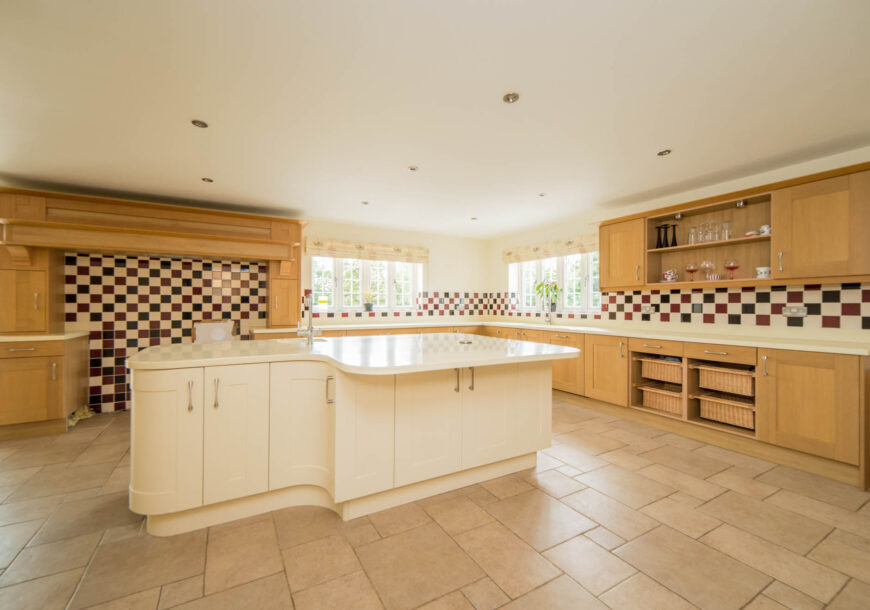 Approved Used Kitchen, Very Large Classic Shaker, Utility, NEFF Appliances, Bedfordshire