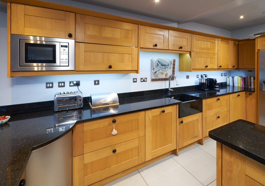Approved Used Kitchen, Classic Shaker, Utility, Cheshire