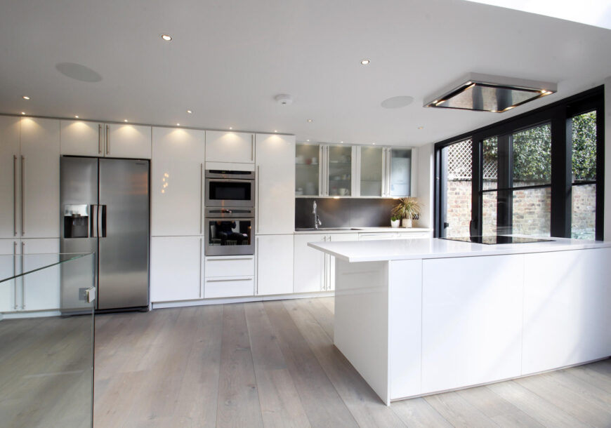 Approved Used Kitchen, Contemporary Gloss with Island, London