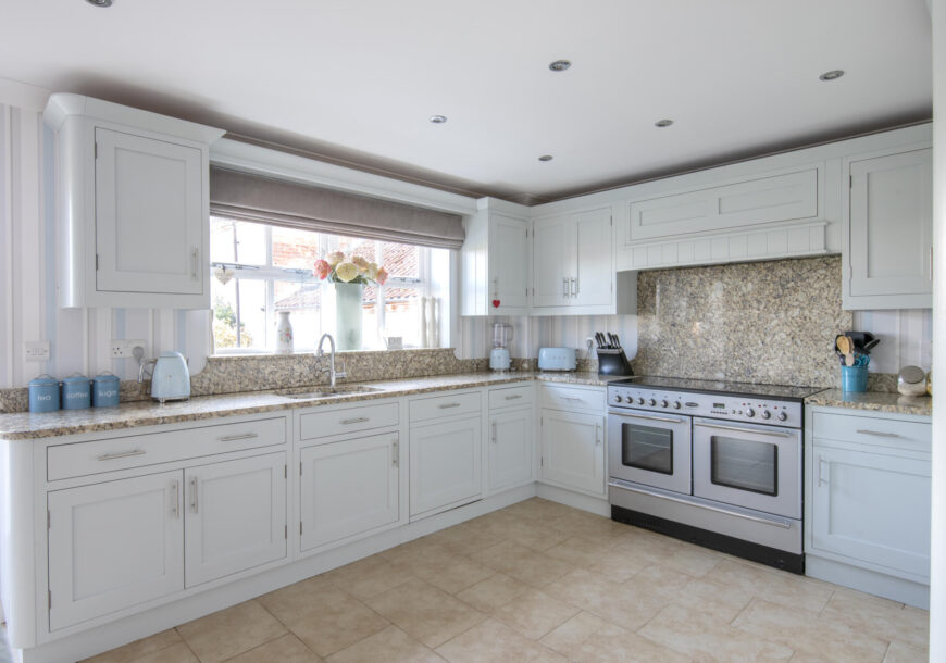 Approved Used Kitchen, Country Crafts In Frame Shaker, Leicestershire