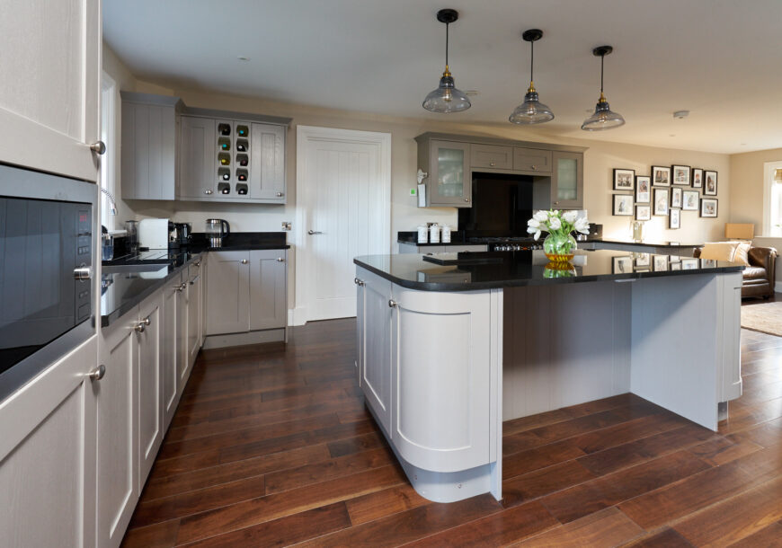 Approved Used Kitchen, Large Painted Shaker, North