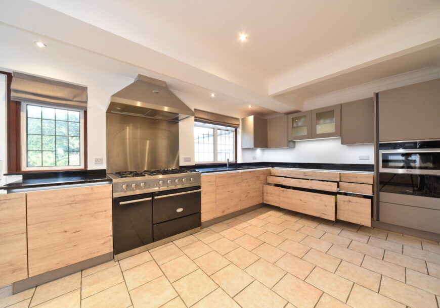 Approved Used Kitchen, Nolte (German) Handleless, LaCanche Range Oven, Avon