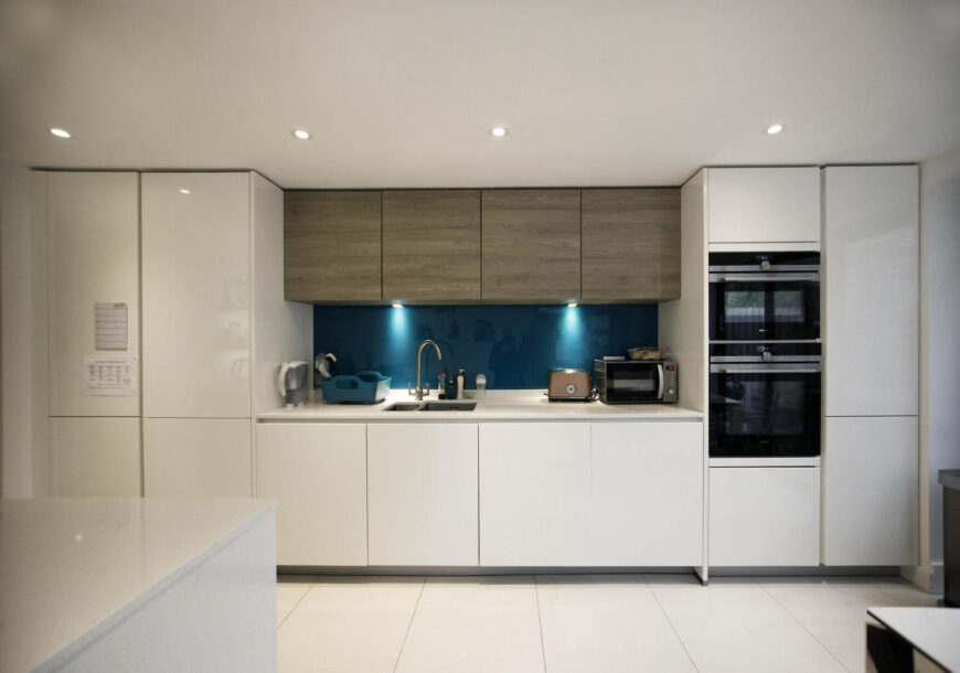 Approved Used Kitchen, Alno (German) Gloss Handleless, London