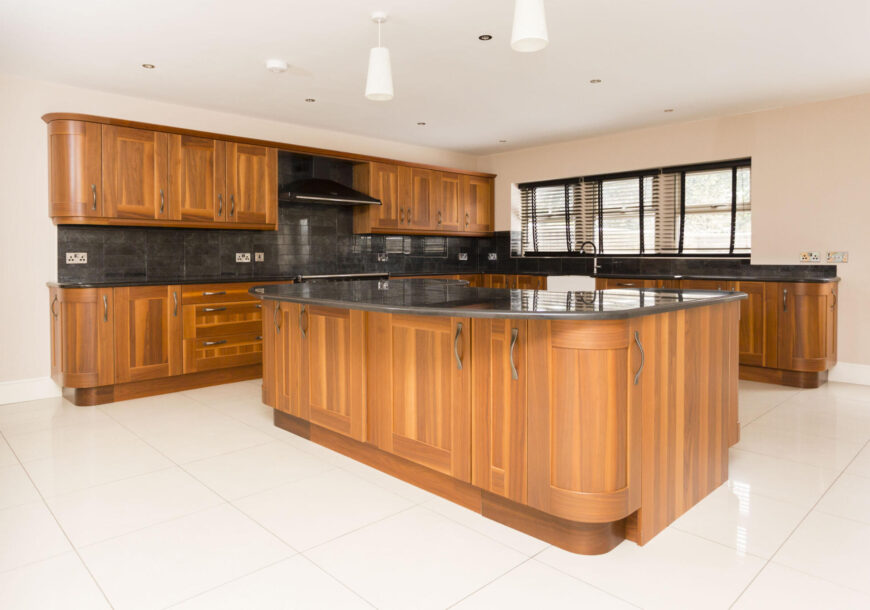 Approved Used Kitchen, Classic Shaker, Rangemaster Oven, West Yorkshire