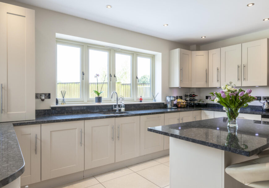 Approved Used Kitchen, Large Shaker with Utility, Siemens Appliances, Derbyshire