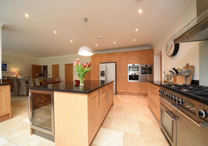 Approved Used Kitchen, Classic Shaker, Utility, Berkshire