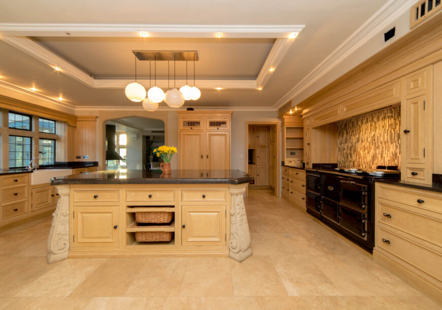 Approved Used Kitchen, Very Large Bespoke, Essex