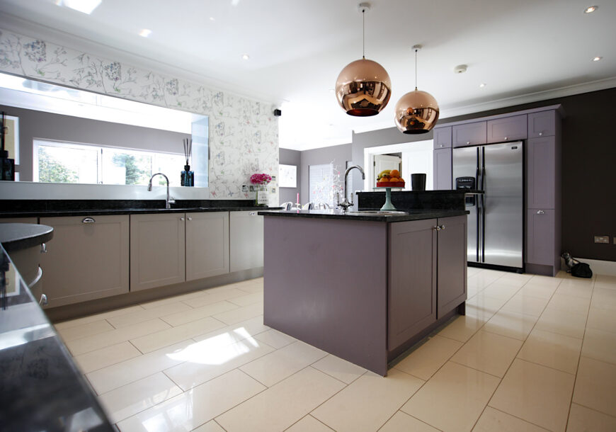Approved Used Kitchen, Bespoke Painted Shaker, Berkshire