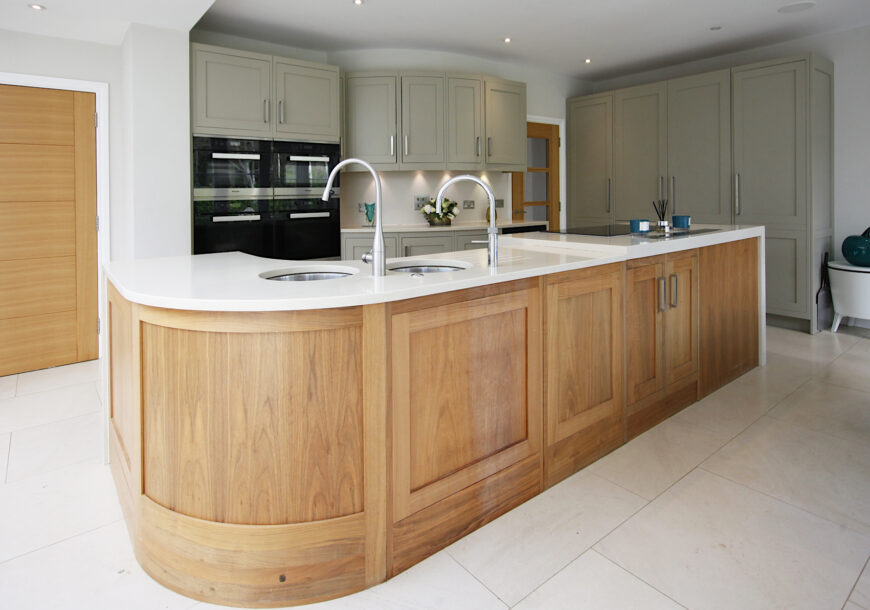 Approved Used Kitchen, Bespoke Painted Shaker, Miele Appliances, Kent
